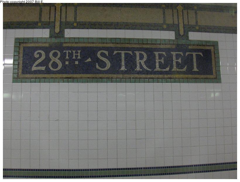 (85k, 820x622)<br><b>Country:</b> United States<br><b>City:</b> New York<br><b>System:</b> New York City Transit<br><b>Line:</b> BMT Broadway Line<br><b>Location:</b> 28th Street <br><b>Photo by:</b> Bill E.<br><b>Date:</b> 4/28/2007<br><b>Viewed (this week/total):</b> 0 / 1637