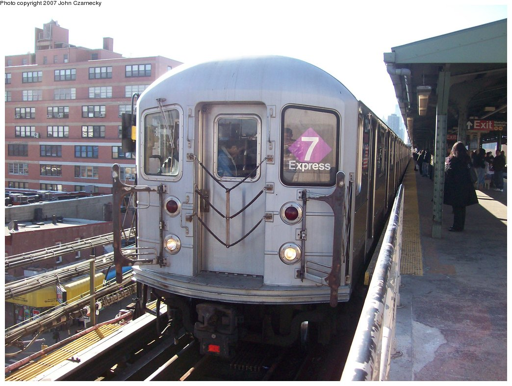 (177k, 1044x787)<br><b>Country:</b> United States<br><b>City:</b> New York<br><b>System:</b> New York City Transit<br><b>Line:</b> IRT Flushing Line<br><b>Location:</b> Queensborough Plaza <br><b>Route:</b> 7<br><b>Car:</b> R-62A (Bombardier, 1984-1987)  2214 <br><b>Photo by:</b> John Czarnecky<br><b>Date:</b> 4/9/2007<br><b>Viewed (this week/total):</b> 0 / 2417
