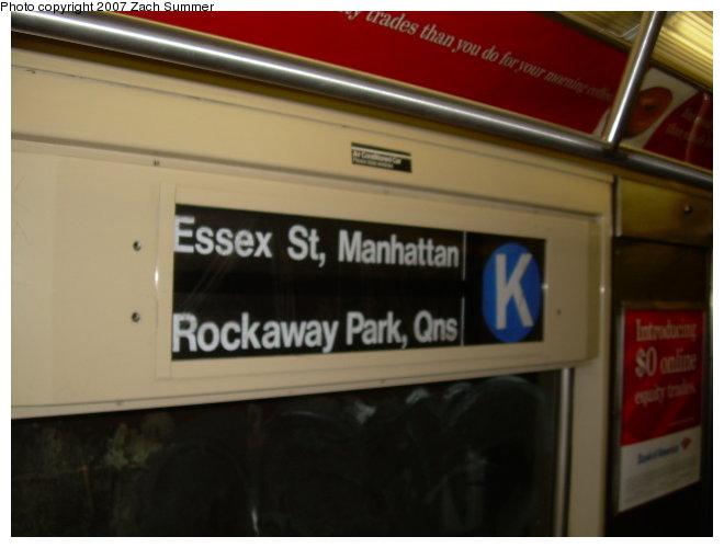 (85k, 660x500)<br><b>Country:</b> United States<br><b>City:</b> New York<br><b>System:</b> New York City Transit<br><b>Car:</b> R-42 (St. Louis, 1969-1970)  Interior <br><b>Photo by:</b> Zach Summer<br><b>Date:</b> 10/29/2006<br><b>Notes:</b> Incorrect roll sign on J shuttle.<br><b>Viewed (this week/total):</b> 1 / 2489