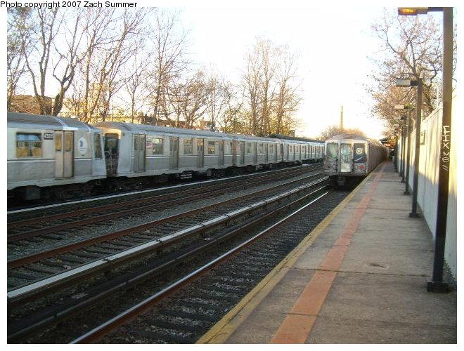 (136k, 660x500)<br><b>Country:</b> United States<br><b>City:</b> New York<br><b>System:</b> New York City Transit<br><b>Line:</b> BMT Brighton Line<br><b>Location:</b> Avenue M <br><b>Route:</b> Q<br><b>Car:</b> R-40 (St. Louis, 1968)   <br><b>Photo by:</b> Zach Summer<br><b>Date:</b> 12/2/2006<br><b>Viewed (this week/total):</b> 0 / 2435