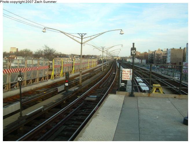 (116k, 660x500)<br><b>Country:</b> United States<br><b>City:</b> New York<br><b>System:</b> New York City Transit<br><b>Line:</b> BMT Brighton Line<br><b>Location:</b> Ocean Parkway <br><b>Photo by:</b> Zach Summer<br><b>Date:</b> 12/3/2006<br><b>Notes:</b> Track replacement.<br><b>Viewed (this week/total):</b> 0 / 1263