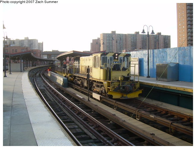 (115k, 660x500)<br><b>Country:</b> United States<br><b>City:</b> New York<br><b>System:</b> New York City Transit<br><b>Line:</b> BMT Brighton Line<br><b>Location:</b> Ocean Parkway <br><b>Route:</b> Work Service<br><b>Car:</b> R-47 Locomotive  66 <br><b>Photo by:</b> Zach Summer<br><b>Date:</b> 12/3/2006<br><b>Viewed (this week/total):</b> 0 / 1761