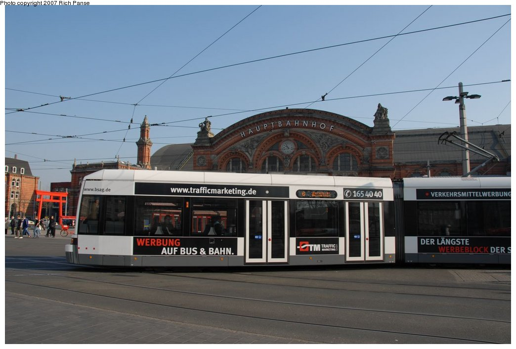 (146k, 1044x706)<br><b>Country:</b> Germany<br><b>City:</b> Bremen<br><b>System:</b> BSAG (Bremer Strassenbahn AG)<br><b>Location:</b> Hauptbahnhof <br><b>Route:</b> 6<br><b>Car:</b> Bremen Tram  <br><b>Photo by:</b> Richard Panse<br><b>Date:</b> 3/26/2007<br><b>Viewed (this week/total):</b> 3 / 943