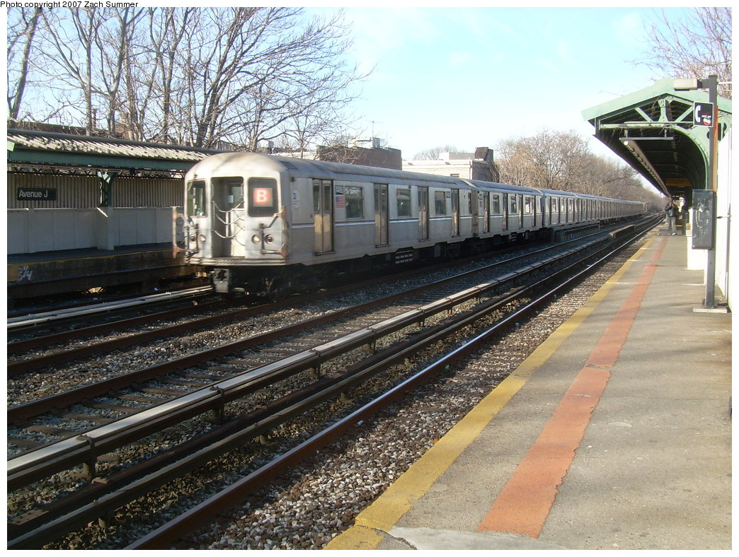 (281k, 1044x788)<br><b>Country:</b> United States<br><b>City:</b> New York<br><b>System:</b> New York City Transit<br><b>Line:</b> BMT Brighton Line<br><b>Location:</b> Avenue J <br><b>Route:</b> B<br><b>Car:</b> R-40M (St. Louis, 1969)  4466 <br><b>Photo by:</b> Zach Summer<br><b>Date:</b> 1/11/2007<br><b>Viewed (this week/total):</b> 0 / 2469