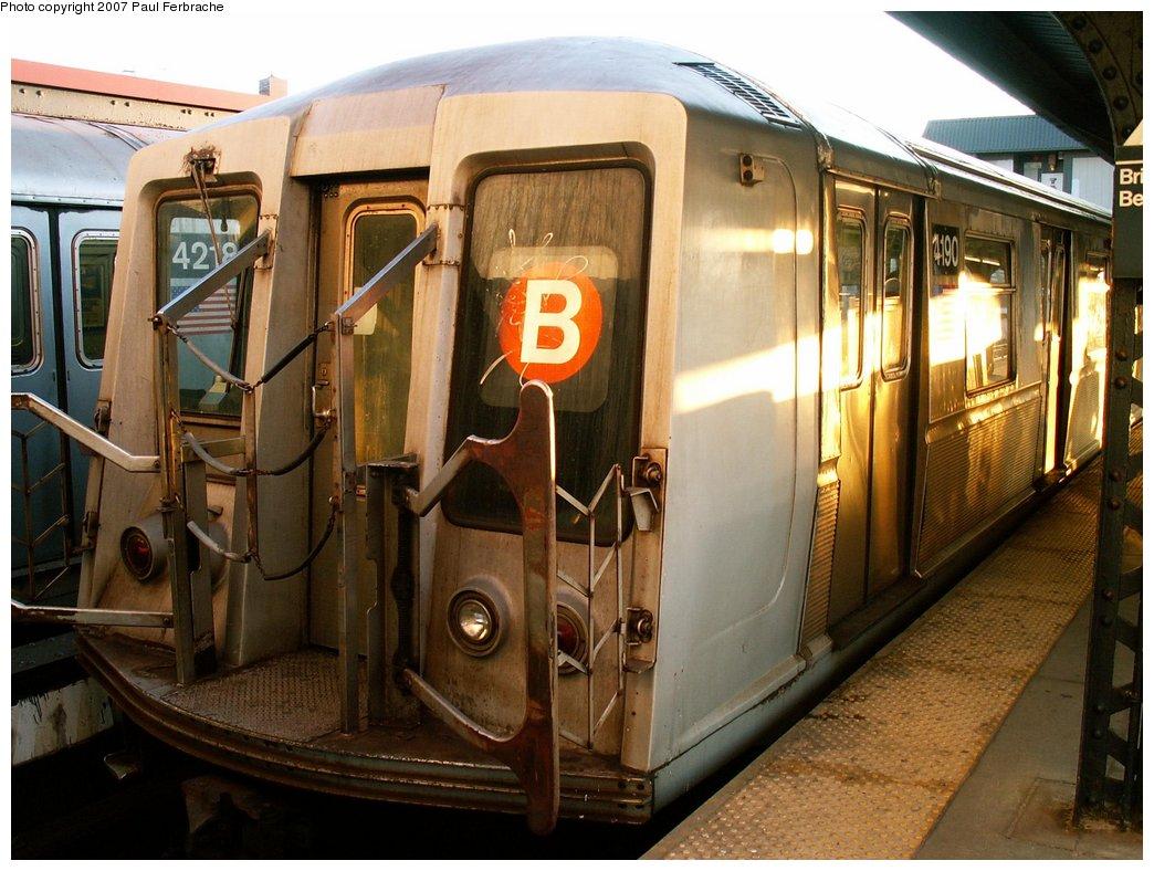 (232k, 1044x788)<br><b>Country:</b> United States<br><b>City:</b> New York<br><b>System:</b> New York City Transit<br><b>Line:</b> BMT Brighton Line<br><b>Location:</b> Brighton Beach <br><b>Route:</b> B<br><b>Car:</b> R-40 (St. Louis, 1968)  4190 <br><b>Photo by:</b> Paul Ferbrache<br><b>Date:</b> 4/10/2007<br><b>Viewed (this week/total):</b> 0 / 2153