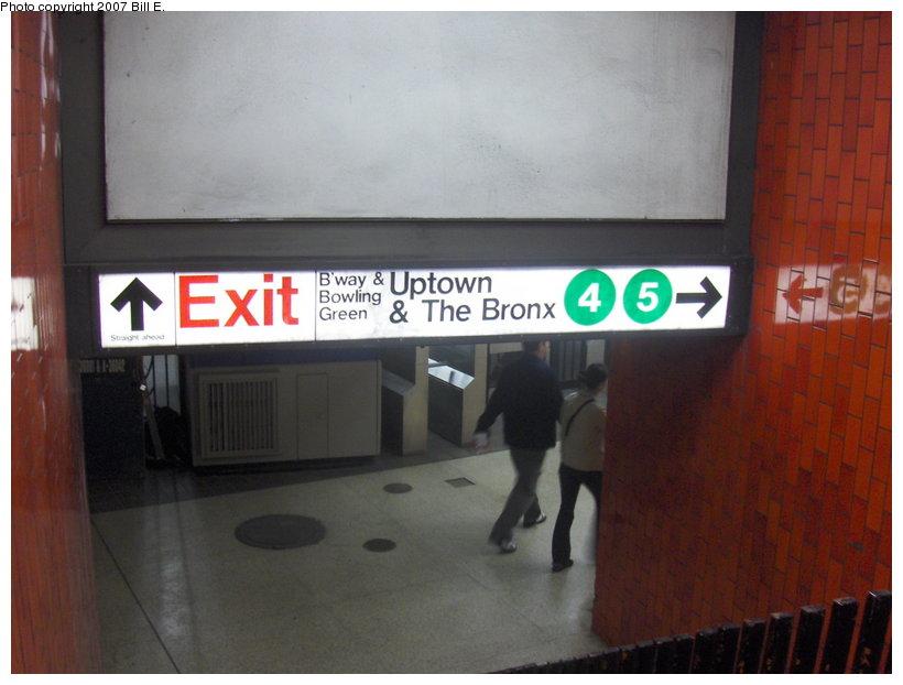 (82k, 820x622)<br><b>Country:</b> United States<br><b>City:</b> New York<br><b>System:</b> New York City Transit<br><b>Line:</b> IRT East Side Line<br><b>Location:</b> Bowling Green <br><b>Photo by:</b> Bill E.<br><b>Date:</b> 5/5/2007<br><b>Notes:</b> View of underpass fare control area.<br><b>Viewed (this week/total):</b> 2 / 6297