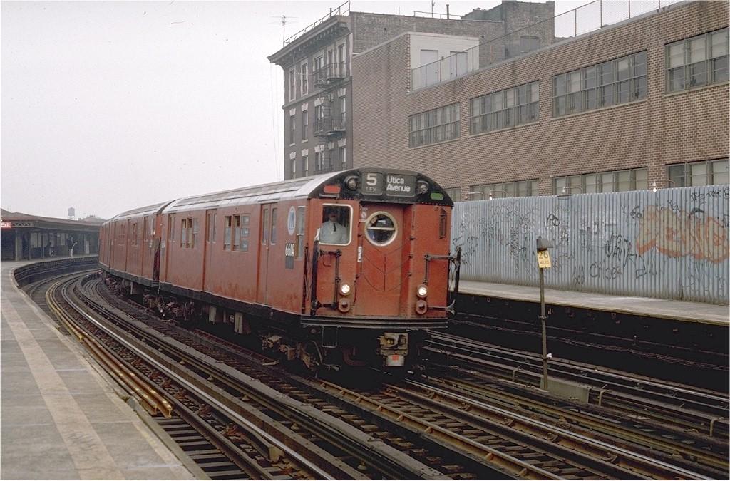 (222k, 1024x675)<br><b>Country:</b> United States<br><b>City:</b> New York<br><b>System:</b> New York City Transit<br><b>Line:</b> IRT White Plains Road Line<br><b>Location:</b> 174th Street <br><b>Route:</b> Fan Trip<br><b>Car:</b> R-17 (St. Louis, 1955-56) 6614 <br><b>Photo by:</b> Steve Zabel<br><b>Collection of:</b> Joe Testagrose<br><b>Date:</b> 11/8/1987<br><b>Viewed (this week/total):</b> 5 / 3063