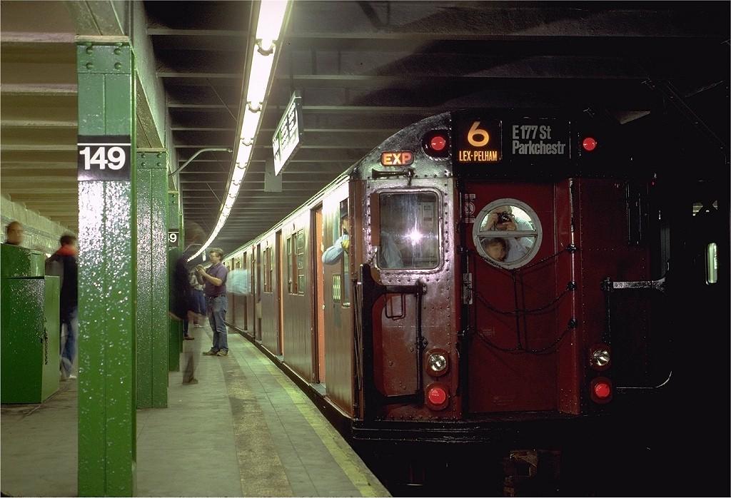 (197k, 1024x698)<br><b>Country:</b> United States<br><b>City:</b> New York<br><b>System:</b> New York City Transit<br><b>Line:</b> IRT Pelham Line<br><b>Location:</b> East 149th Street <br><b>Route:</b> Fan Trip<br><b>Car:</b> R-17 (St. Louis, 1955-56) 6688 <br><b>Photo by:</b> Eric Oszustowicz<br><b>Collection of:</b> Joe Testagrose<br><b>Date:</b> 11/8/1987<br><b>Viewed (this week/total):</b> 3 / 5069