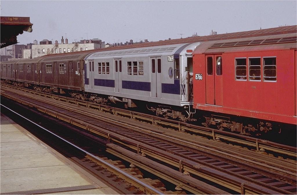 (222k, 1024x674)<br><b>Country:</b> United States<br><b>City:</b> New York<br><b>System:</b> New York City Transit<br><b>Line:</b> IRT White Plains Road Line<br><b>Location:</b> Prospect Avenue <br><b>Route:</b> 2<br><b>Car:</b> R-21 (St. Louis, 1956-57) 7069 <br><b>Photo by:</b> Doug Grotjahn<br><b>Collection of:</b> Joe Testagrose<br><b>Date:</b> 8/15/1971<br><b>Viewed (this week/total):</b> 2 / 1739