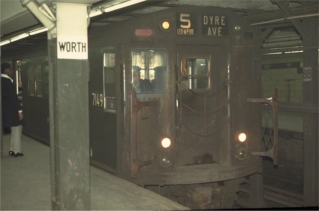 (127k, 1024x679)<br><b>Country:</b> United States<br><b>City:</b> New York<br><b>System:</b> New York City Transit<br><b>Line:</b> IRT East Side Line<br><b>Location:</b> Brooklyn Bridge/City Hall <br><b>Route:</b> 5<br><b>Car:</b> R-21 (St. Louis, 1956-57) 7149 <br><b>Photo by:</b> Doug Grotjahn<br><b>Collection of:</b> Joe Testagrose<br><b>Date:</b> 4/1/1970<br><b>Viewed (this week/total):</b> 2 / 2518