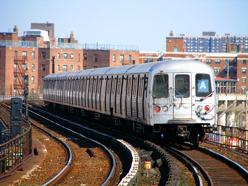 (149k, 800x600)<br><b>Country:</b> United States<br><b>City:</b> New York<br><b>System:</b> New York City Transit<br><b>Line:</b> IND Rockaway<br><b>Location:</b> Beach 67th Street/Gaston Avenue <br><b>Route:</b> A<br><b>Car:</b> R-46 (Pullman-Standard, 1974-75) 6150 <br><b>Photo by:</b> Bill E.<br><b>Date:</b> 3/7/2010<br><b>Viewed (this week/total):</b> 0 / 1005