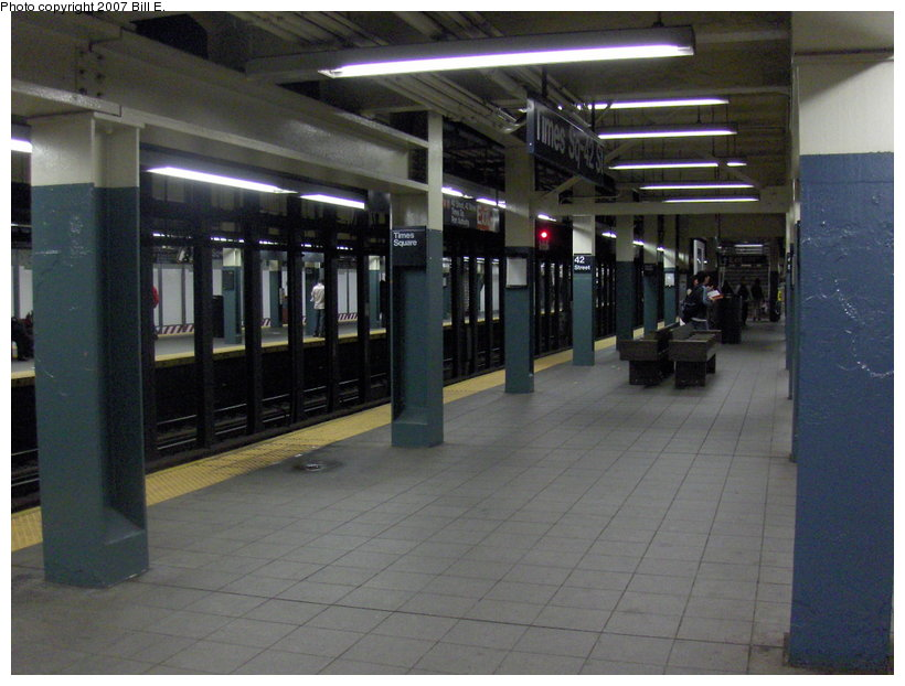 (101k, 820x622)<br><b>Country:</b> United States<br><b>City:</b> New York<br><b>System:</b> New York City Transit<br><b>Line:</b> BMT Broadway Line<br><b>Location:</b> Times Square/42nd Street <br><b>Photo by:</b> Bill E.<br><b>Date:</b> 5/6/2007<br><b>Viewed (this week/total):</b> 1 / 2712