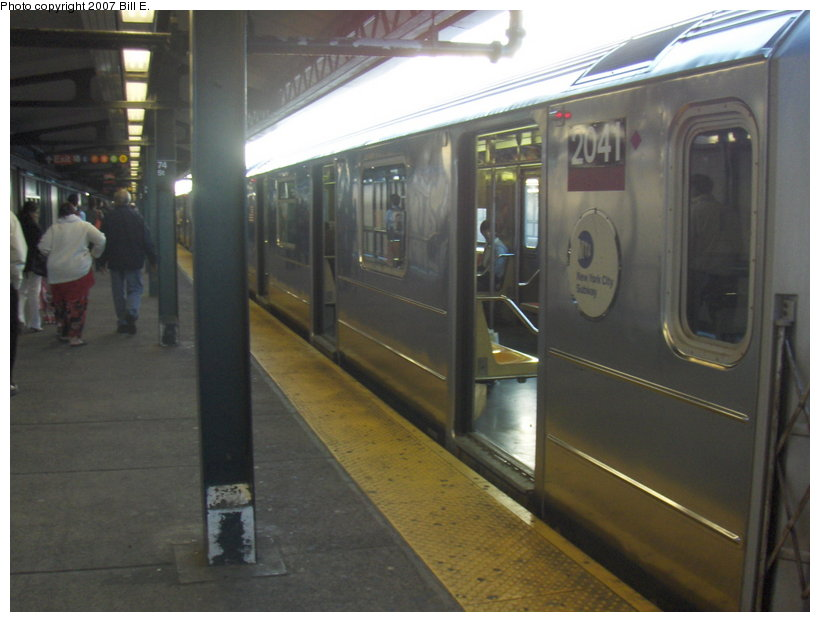 (87k, 820x622)<br><b>Country:</b> United States<br><b>City:</b> New York<br><b>System:</b> New York City Transit<br><b>Line:</b> IRT Flushing Line<br><b>Location:</b> 74th Street/Broadway <br><b>Route:</b> 7<br><b>Car:</b> R-62A (Bombardier, 1984-1987)  2041 <br><b>Photo by:</b> Bill E.<br><b>Date:</b> 5/6/2007<br><b>Viewed (this week/total):</b> 0 / 1773