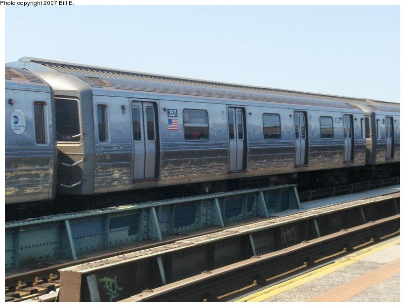 (94k, 820x622)<br><b>Country:</b> United States<br><b>City:</b> New York<br><b>System:</b> New York City Transit<br><b>Line:</b> BMT West End Line<br><b>Location:</b> 79th Street <br><b>Route:</b> D<br><b>Car:</b> R-68 (Westinghouse-Amrail, 1986-1988)  2521 <br><b>Photo by:</b> Bill E.<br><b>Date:</b> 5/13/2007<br><b>Viewed (this week/total):</b> 1 / 2692