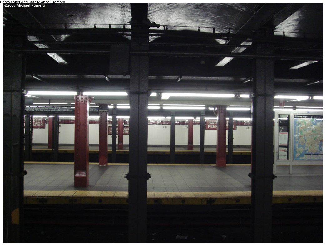 (184k, 1044x788)<br><b>Country:</b> United States<br><b>City:</b> New York<br><b>System:</b> New York City Transit<br><b>Line:</b> IND 8th Avenue Line<br><b>Location:</b> 34th Street/Penn Station <br><b>Photo by:</b> Michael Romero<br><b>Date:</b> 4/29/2007<br><b>Notes:</b> View across tracks.<br><b>Viewed (this week/total):</b> 1 / 2250