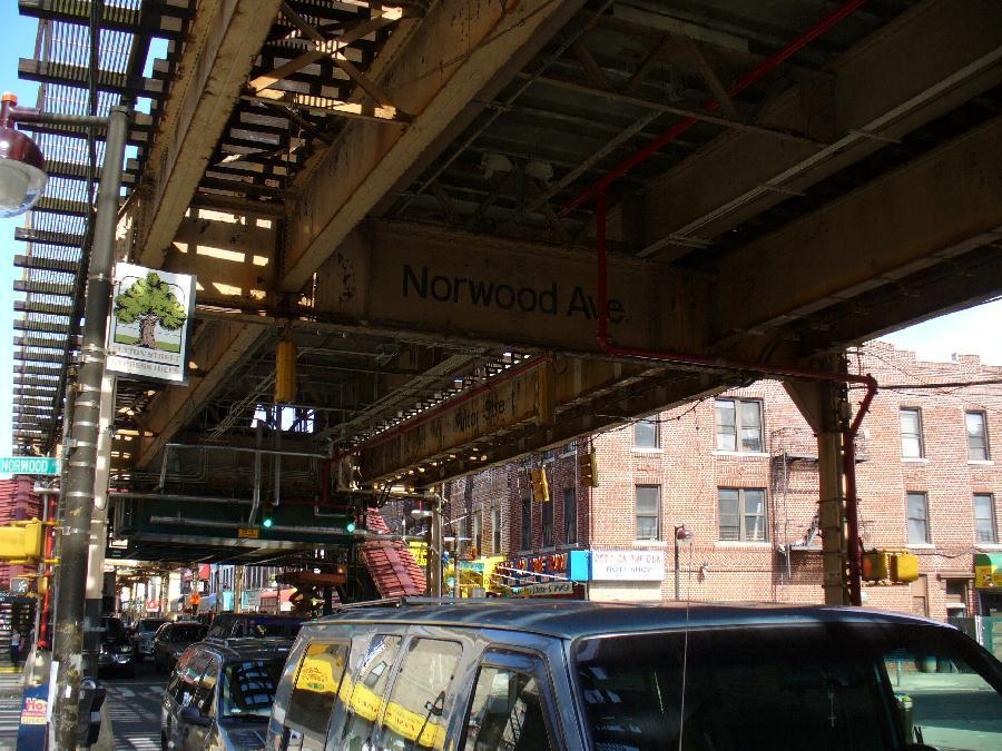 (158k, 900x675)<br><b>Country:</b> United States<br><b>City:</b> New York<br><b>System:</b> New York City Transit<br><b>Line:</b> BMT Nassau Street/Jamaica Line<br><b>Location:</b> Norwood Avenue <br><b>Photo by:</b> Robbie Rosenfeld<br><b>Date:</b> 5/4/2007<br><b>Notes:</b> Station exterior.<br><b>Viewed (this week/total):</b> 0 / 3131