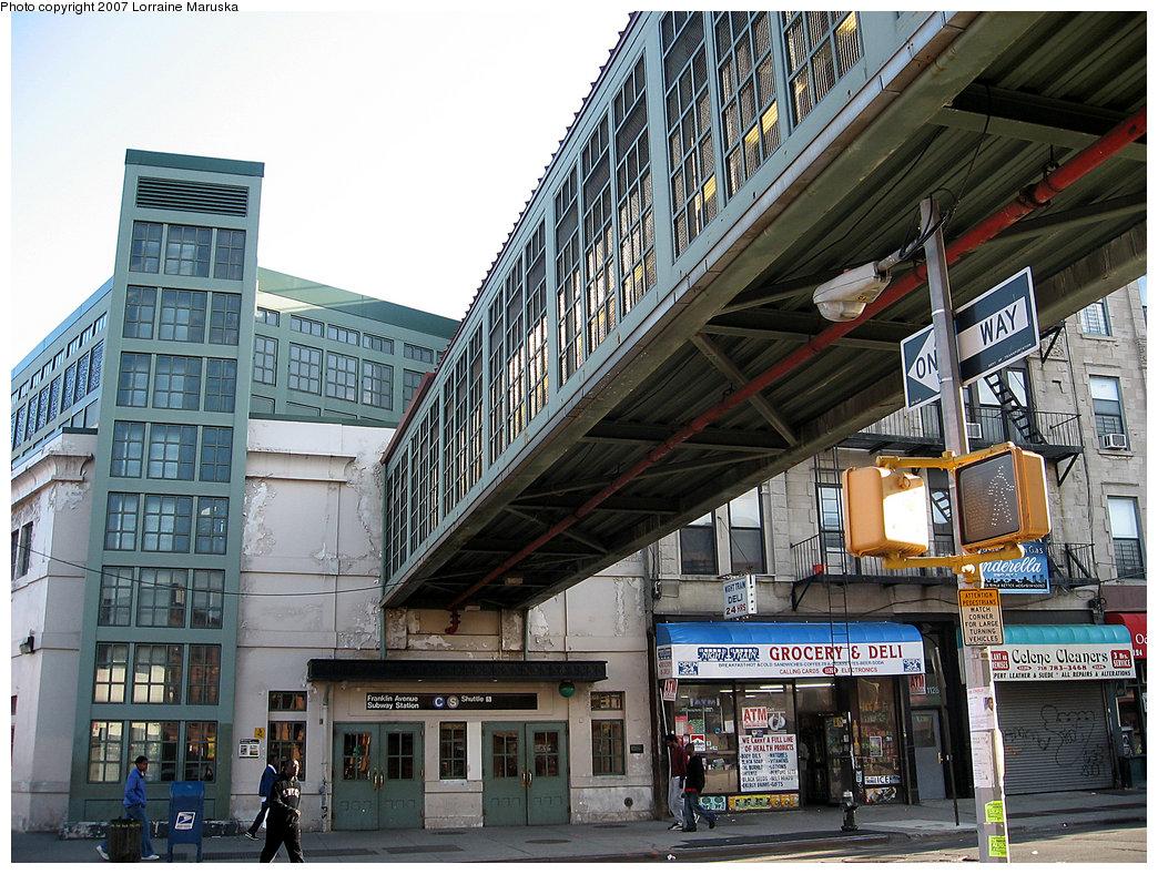 (295k, 1044x788)<br><b>Country:</b> United States<br><b>City:</b> New York<br><b>System:</b> New York City Transit<br><b>Line:</b> BMT Franklin<br><b>Location:</b> Franklin Avenue <br><b>Photo by:</b> Lorraine Maruska<br><b>Date:</b> 5/6/2007<br><b>Notes:</b> Shuttle station at Fulton & Franklin.<br><b>Viewed (this week/total):</b> 0 / 3600