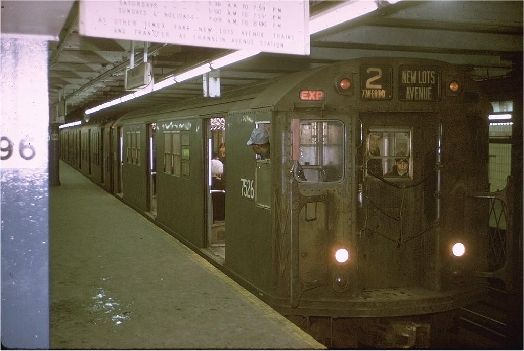(203k, 1024x686)<br><b>Country:</b> United States<br><b>City:</b> New York<br><b>System:</b> New York City Transit<br><b>Line:</b> IRT West Side Line<br><b>Location:</b> 96th Street <br><b>Route:</b> 2<br><b>Car:</b> R-22 (St. Louis, 1957-58) 7526 <br><b>Photo by:</b> Joe Testagrose<br><b>Date:</b> 1/3/1971<br><b>Viewed (this week/total):</b> 1 / 2883
