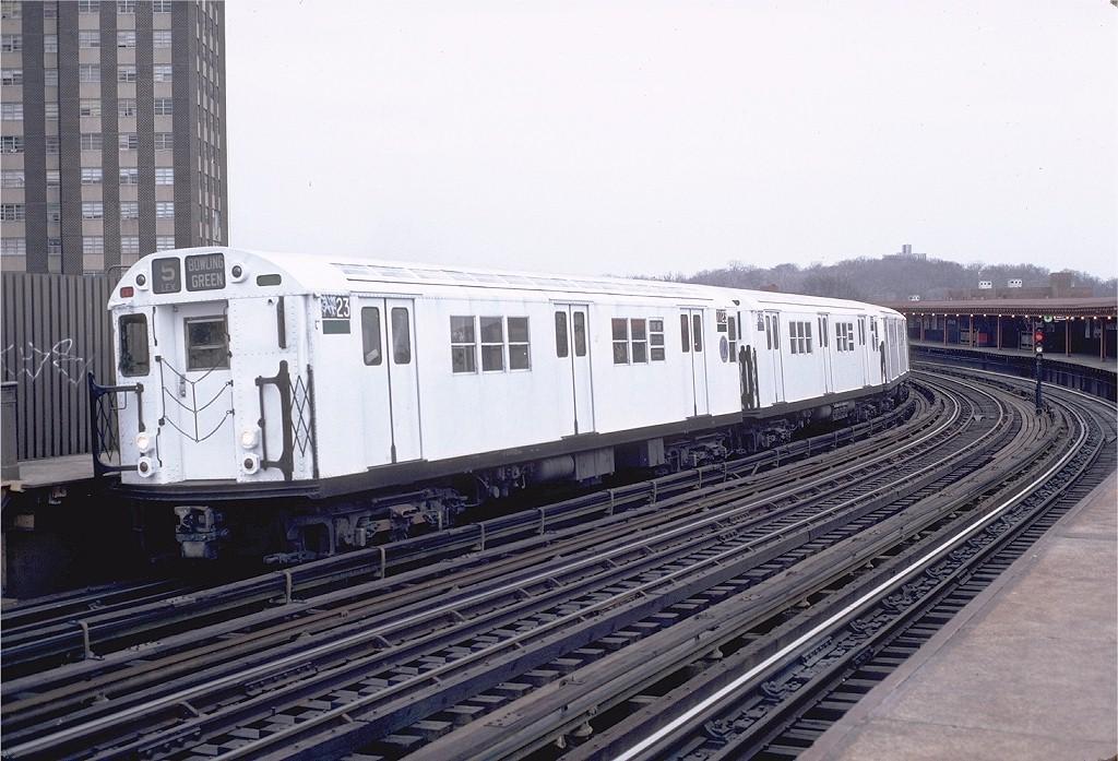 (208k, 1024x697)<br><b>Country:</b> United States<br><b>City:</b> New York<br><b>System:</b> New York City Transit<br><b>Line:</b> IRT White Plains Road Line<br><b>Location:</b> West Farms Sq./East Tremont Ave./177th St. <br><b>Route:</b> 5<br><b>Car:</b> R-22 (St. Louis, 1957-58) 7723 <br><b>Photo by:</b> Doug Grotjahn<br><b>Collection of:</b> Joe Testagrose<br><b>Date:</b> 12/19/1982<br><b>Viewed (this week/total):</b> 0 / 2800