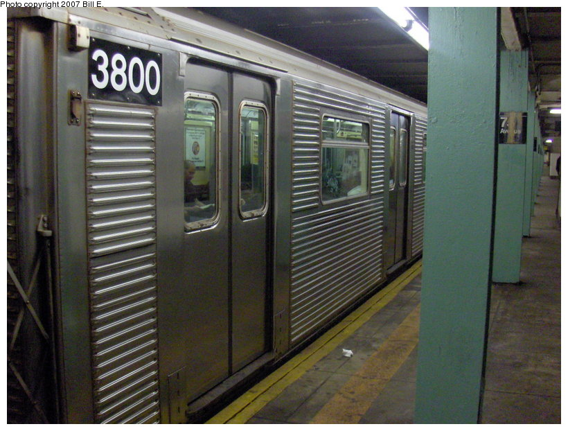 (125k, 820x622)<br><b>Country:</b> United States<br><b>City:</b> New York<br><b>System:</b> New York City Transit<br><b>Line:</b> IND Queens Boulevard Line<br><b>Location:</b> 75th Avenue <br><b>Route:</b> E<br><b>Car:</b> R-32 (Budd, 1964)  3800 <br><b>Photo by:</b> Bill E.<br><b>Date:</b> 5/13/2007<br><b>Viewed (this week/total):</b> 3 / 2592