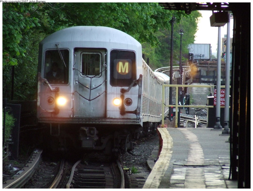 (187k, 1044x788)<br><b>Country:</b> United States<br><b>City:</b> New York<br><b>System:</b> New York City Transit<br><b>Line:</b> BMT West End Line<br><b>Location:</b> 9th Avenue <br><b>Route:</b> M<br><b>Car:</b> R-42 (St. Louis, 1969-1970)  4888 <br><b>Photo by:</b> John Barnes<br><b>Date:</b> 5/7/2007<br><b>Viewed (this week/total):</b> 0 / 2142