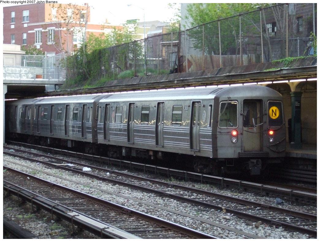 (220k, 1044x788)<br><b>Country:</b> United States<br><b>City:</b> New York<br><b>System:</b> New York City Transit<br><b>Line:</b> BMT Sea Beach Line<br><b>Location:</b> New Utrecht Avenue <br><b>Route:</b> N<br><b>Car:</b> R-68 (Westinghouse-Amrail, 1986-1988)  2908 <br><b>Photo by:</b> John Barnes<br><b>Date:</b> 5/7/2007<br><b>Viewed (this week/total):</b> 2 / 1868