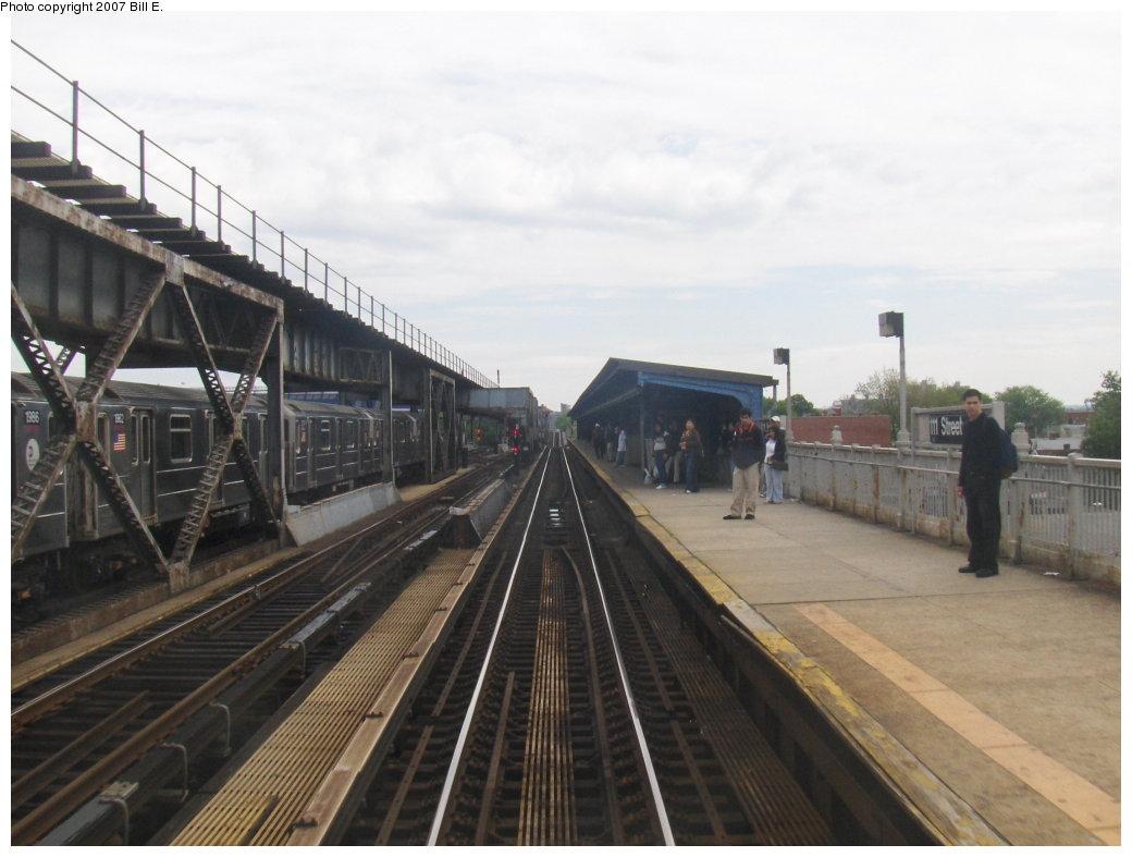 (134k, 1040x787)<br><b>Country:</b> United States<br><b>City:</b> New York<br><b>System:</b> New York City Transit<br><b>Line:</b> IRT Flushing Line<br><b>Location:</b> 111th Street <br><b>Photo by:</b> Bill E.<br><b>Date:</b> 5/20/2007<br><b>Viewed (this week/total):</b> 0 / 2296