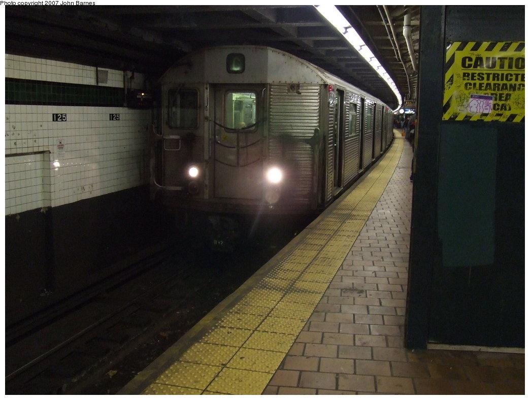 (155k, 1044x788)<br><b>Country:</b> United States<br><b>City:</b> New York<br><b>System:</b> New York City Transit<br><b>Line:</b> IND 8th Avenue Line<br><b>Location:</b> 125th Street <br><b>Route:</b> C<br><b>Car:</b> R-32 (Budd, 1964)  3361 <br><b>Photo by:</b> John Barnes<br><b>Date:</b> 5/18/2007<br><b>Viewed (this week/total):</b> 0 / 3391