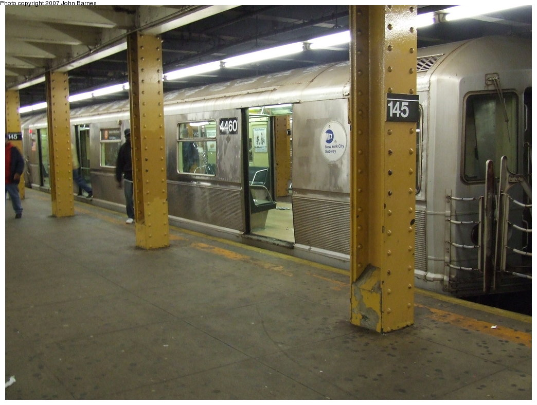 (158k, 1044x788)<br><b>Country:</b> United States<br><b>City:</b> New York<br><b>System:</b> New York City Transit<br><b>Line:</b> IND 8th Avenue Line<br><b>Location:</b> 145th Street <br><b>Route:</b> B<br><b>Car:</b> R-40M (St. Louis, 1969)  4460 <br><b>Photo by:</b> John Barnes<br><b>Date:</b> 5/18/2007<br><b>Viewed (this week/total):</b> 1 / 2631
