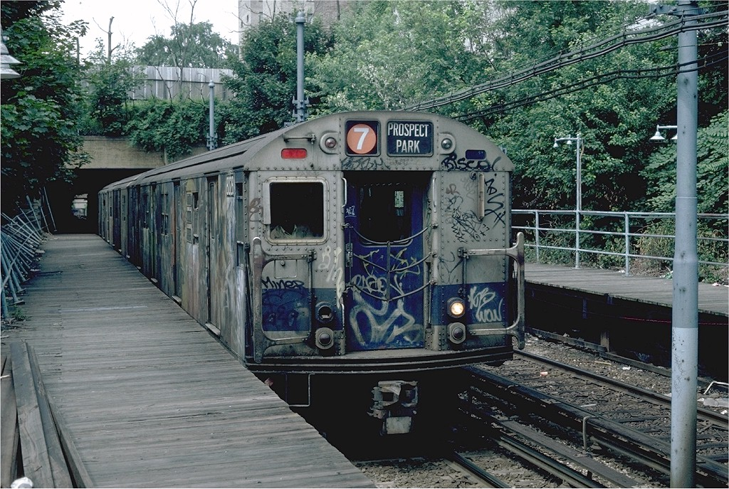(287k, 1024x687)<br><b>Country:</b> United States<br><b>City:</b> New York<br><b>System:</b> New York City Transit<br><b>Line:</b> BMT Franklin<br><b>Location:</b> Botanic Garden <br><b>Route:</b> Franklin Shuttle<br><b>Car:</b> R-27 (St. Louis, 1960)  8028 <br><b>Photo by:</b> Steve Zabel<br><b>Collection of:</b> Joe Testagrose<br><b>Date:</b> 6/19/1982<br><b>Viewed (this week/total):</b> 7 / 5997