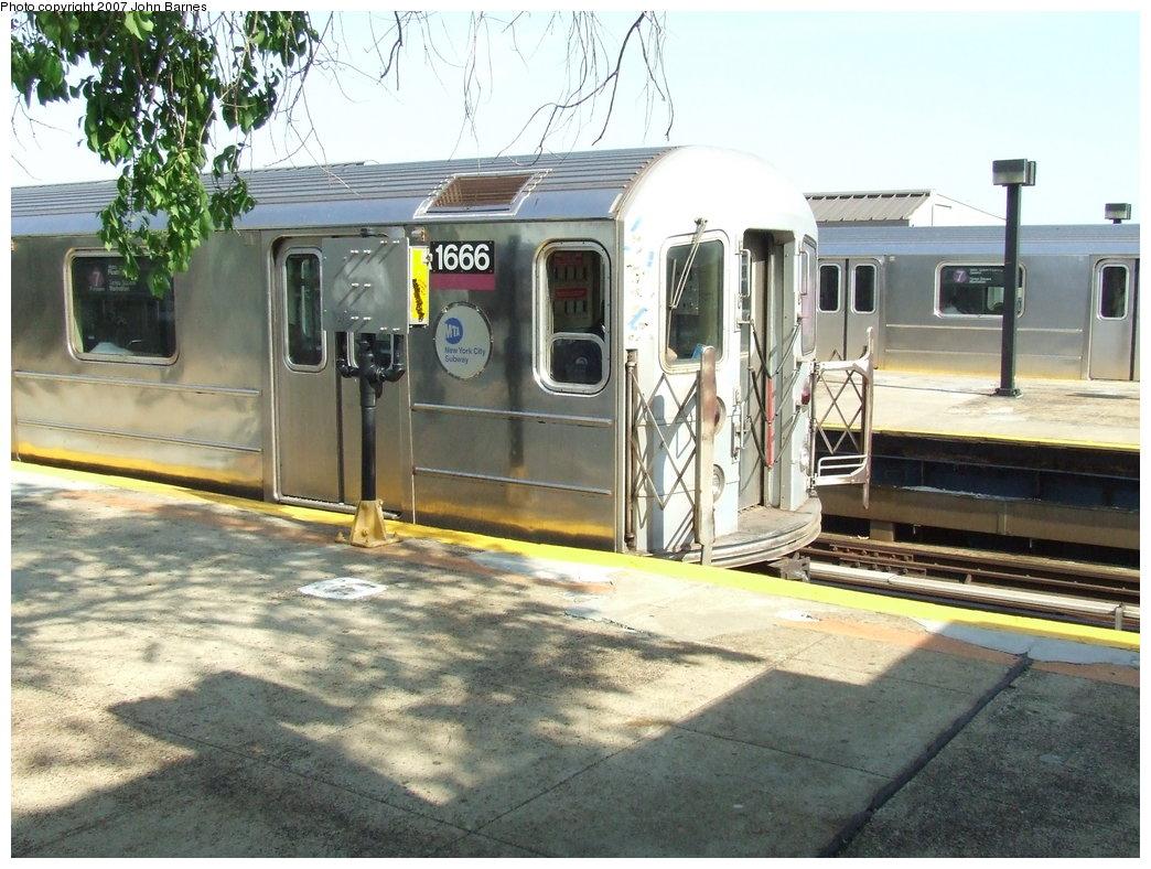 (202k, 1044x788)<br><b>Country:</b> United States<br><b>City:</b> New York<br><b>System:</b> New York City Transit<br><b>Line:</b> IRT Flushing Line<br><b>Location:</b> Willets Point/Mets (fmr. Shea Stadium) <br><b>Route:</b> 7<br><b>Car:</b> R-62A (Bombardier, 1984-1987)  1666 <br><b>Photo by:</b> John Barnes<br><b>Date:</b> 5/15/2007<br><b>Viewed (this week/total):</b> 0 / 2035