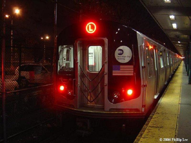 (77k, 800x599)<br><b>Country:</b> United States<br><b>City:</b> New York<br><b>System:</b> New York City Transit<br><b>Line:</b> BMT Canarsie Line<br><b>Location:</b> Rockaway Parkway <br><b>Route:</b> L<br><b>Car:</b> R-143 (Kawasaki, 2001-2002)  <br><b>Photo by:</b> Phillip Lee<br><b>Date:</b> 1/31/2006<br><b>Viewed (this week/total):</b> 3 / 2357