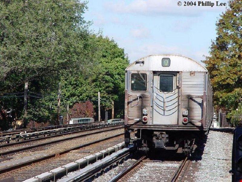 (154k, 800x600)<br><b>Country:</b> United States<br><b>City:</b> New York<br><b>System:</b> New York City Transit<br><b>Line:</b> BMT Brighton Line<br><b>Location:</b> Avenue U <br><b>Route:</b> Q<br><b>Car:</b> R-32 (Budd, 1964)   <br><b>Photo by:</b> Phillip Lee<br><b>Date:</b> 10/24/2004<br><b>Viewed (this week/total):</b> 0 / 3497