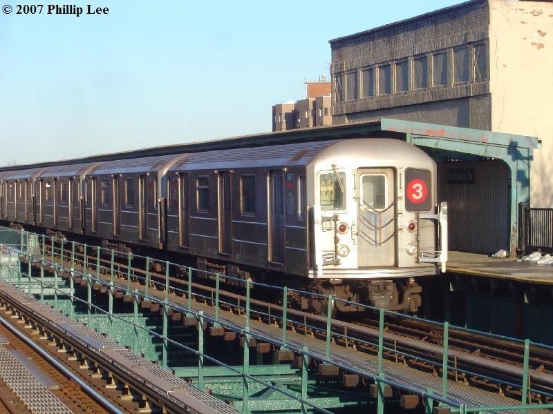 (108k, 800x600)<br><b>Country:</b> United States<br><b>City:</b> New York<br><b>System:</b> New York City Transit<br><b>Line:</b> IRT Brooklyn Line<br><b>Location:</b> Rockaway Avenue <br><b>Route:</b> 3<br><b>Car:</b> R-62 (Kawasaki, 1983-1985)  14xx <br><b>Photo by:</b> Phillip Lee<br><b>Date:</b> 3/20/2007<br><b>Viewed (this week/total):</b> 2 / 2318