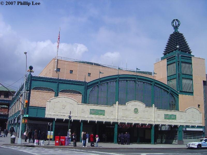(97k, 800x600)<br><b>Country:</b> United States<br><b>City:</b> New York<br><b>System:</b> New York City Transit<br><b>Location:</b> Coney Island/Stillwell Avenue<br><b>Photo by:</b> Phillip Lee<br><b>Date:</b> 4/8/2007<br><b>Notes:</b> Rebuilt station entrance.<br><b>Viewed (this week/total):</b> 0 / 1653