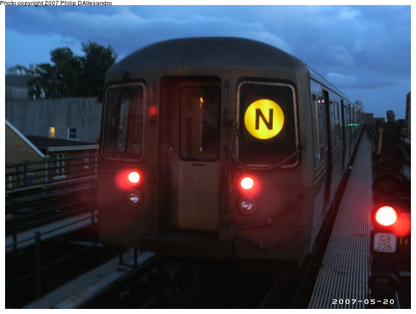 (77k, 820x620)<br><b>Country:</b> United States<br><b>City:</b> New York<br><b>System:</b> New York City Transit<br><b>Line:</b> BMT Astoria Line<br><b>Location:</b> Astoria Boulevard/Hoyt Avenue <br><b>Route:</b> N<br><b>Car:</b> R-68/R-68A Series (Number Unknown)  <br><b>Photo by:</b> Philip D'Allesandro<br><b>Date:</b> 5/20/2007<br><b>Notes:</b> Laid up on middle track.<br><b>Viewed (this week/total):</b> 1 / 1840