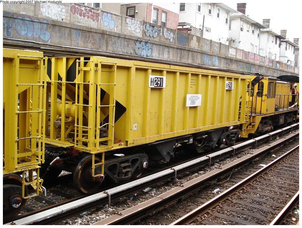 (269k, 1044x788)<br><b>Country:</b> United States<br><b>City:</b> New York<br><b>System:</b> New York City Transit<br><b>Line:</b> BMT Sea Beach Line<br><b>Location:</b> Kings Highway <br><b>Route:</b> Work Service<br><b>Car:</b> R-80 MoW Hopper (1983, Maxon)  291 <br><b>Photo by:</b> Michael Hodurski<br><b>Date:</b> 5/19/2007<br><b>Notes:</b> Sea Beach line track reconstruction.<br><b>Viewed (this week/total):</b> 1 / 1503