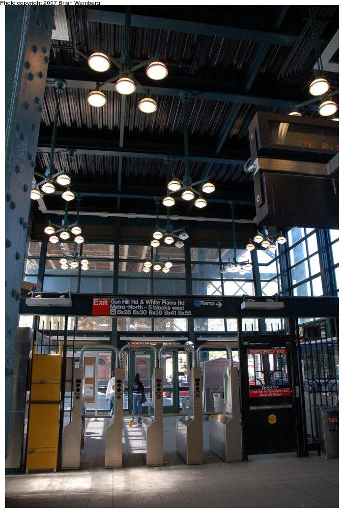 (215k, 700x1044)<br><b>Country:</b> United States<br><b>City:</b> New York<br><b>System:</b> New York City Transit<br><b>Line:</b> IRT White Plains Road Line<br><b>Location:</b> Gun Hill Road <br><b>Photo by:</b> Brian Weinberg<br><b>Date:</b> 5/13/2007<br><b>Notes:</b> View of the new headhouse, interior.<br><b>Viewed (this week/total):</b> 2 / 2655