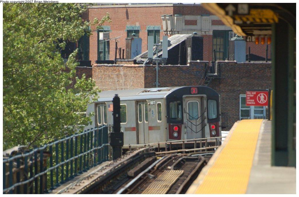 (218k, 1044x689)<br><b>Country:</b> United States<br><b>City:</b> New York<br><b>System:</b> New York City Transit<br><b>Line:</b> IRT White Plains Road Line<br><b>Location:</b> Gun Hill Road <br><b>Route:</b> 2<br><b>Car:</b> R-142 (Primary Order, Bombardier, 1999-2002)  6611 <br><b>Photo by:</b> Brian Weinberg<br><b>Date:</b> 5/13/2007<br><b>Viewed (this week/total):</b> 1 / 3753