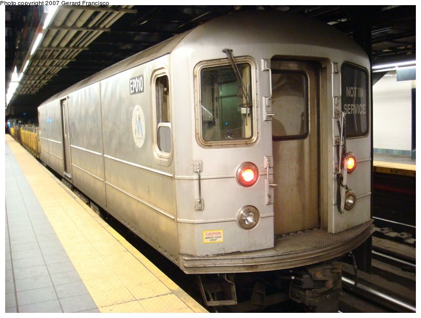 (103k, 820x620)<br><b>Country:</b> United States<br><b>City:</b> New York<br><b>System:</b> New York City Transit<br><b>Line:</b> BMT Broadway Line<br><b>Location:</b> Times Square/42nd Street <br><b>Route:</b> Work Service<br><b>Car:</b> R-127/R-134 (Kawasaki, 1991-1996) EP010 <br><b>Photo by:</b> Gerard Francisco<br><b>Date:</b> 3/31/2007<br><b>Viewed (this week/total):</b> 2 / 2971