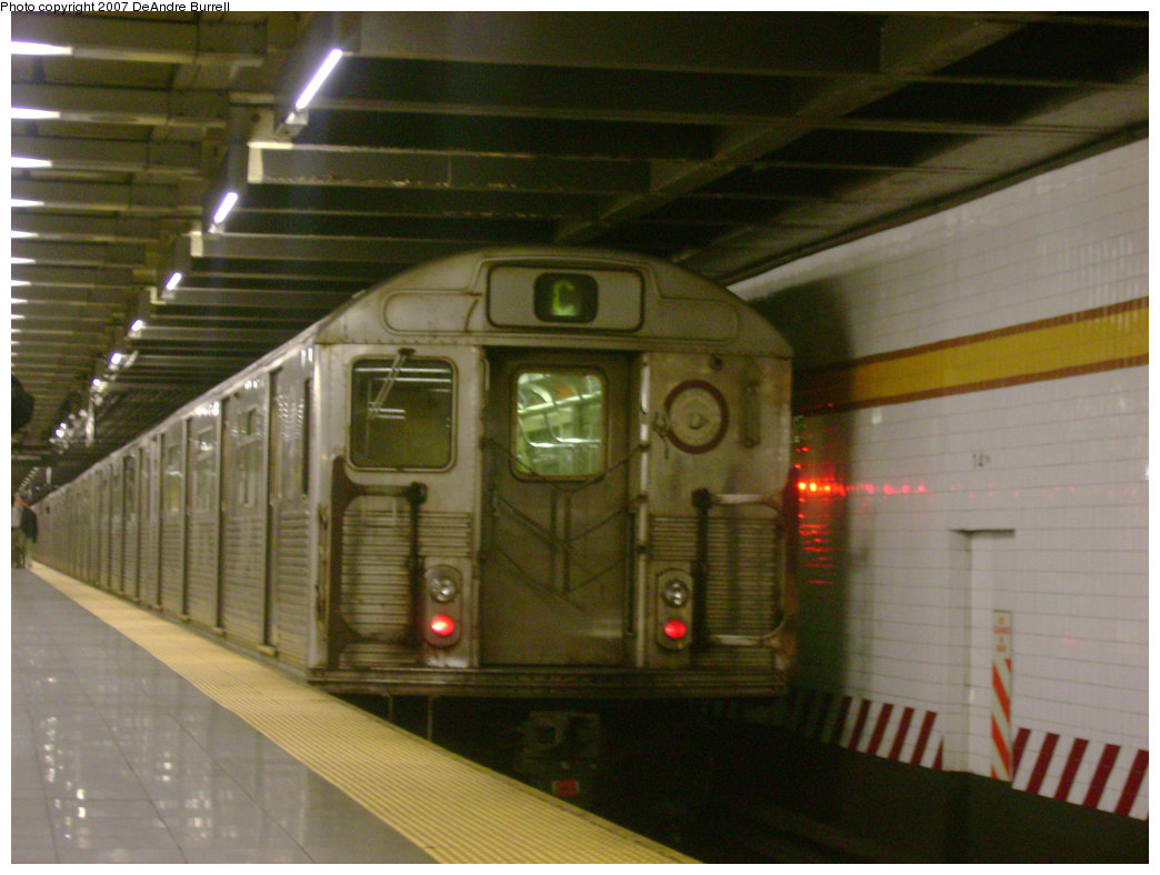 (223k, 1044x788)<br><b>Country:</b> United States<br><b>City:</b> New York<br><b>System:</b> New York City Transit<br><b>Line:</b> IND 8th Avenue Line<br><b>Location:</b> 14th Street <br><b>Route:</b> C<br><b>Car:</b> R-38 (St. Louis, 1966-1967)   <br><b>Photo by:</b> DeAndre Burrell<br><b>Date:</b> 12/30/2006<br><b>Viewed (this week/total):</b> 0 / 2381