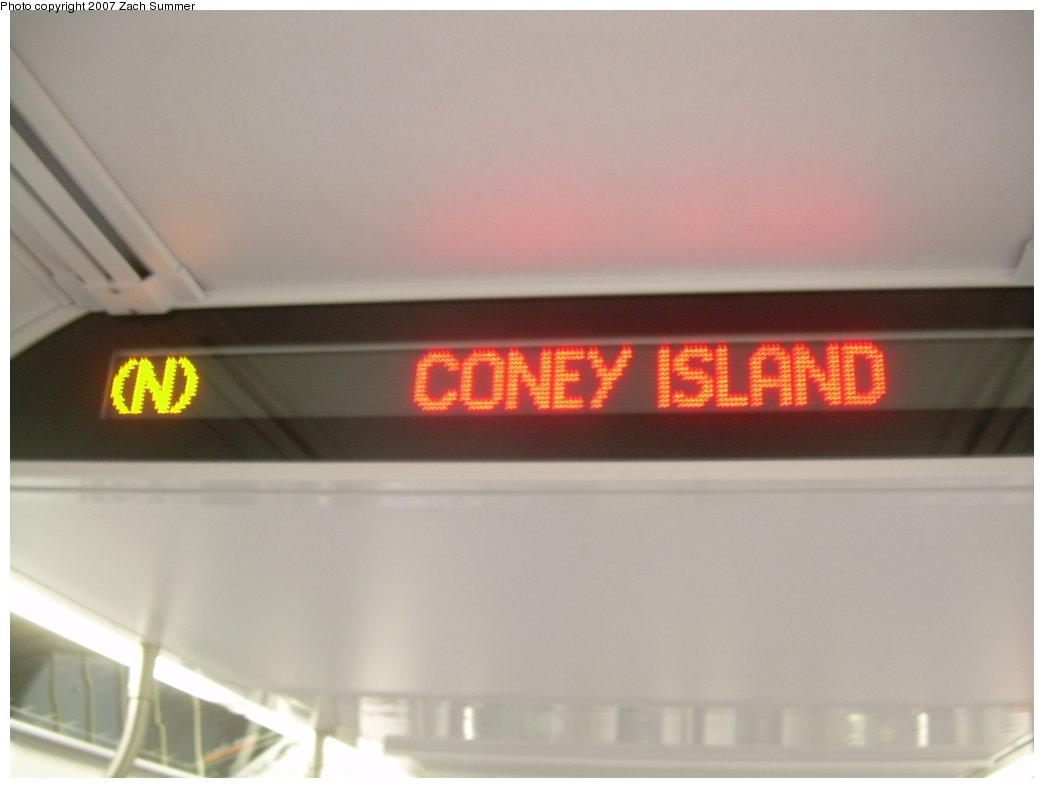 (111k, 1044x788)<br><b>Country:</b> United States<br><b>City:</b> New York<br><b>System:</b> New York City Transit<br><b>Route:</b> N<br><b>Car:</b> R-160A/R-160B Series (Number Unknown) Interior <br><b>Photo by:</b> Zach Summer<br><b>Date:</b> 5/15/2007<br><b>Viewed (this week/total):</b> 0 / 1740