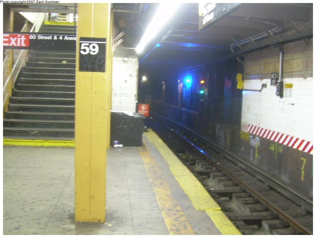 (162k, 1044x788)<br><b>Country:</b> United States<br><b>City:</b> New York<br><b>System:</b> New York City Transit<br><b>Line:</b> BMT 4th Avenue<br><b>Location:</b> 59th Street <br><b>Photo by:</b> Zach Summer<br><b>Date:</b> 5/18/2007<br><b>Viewed (this week/total):</b> 1 / 2763