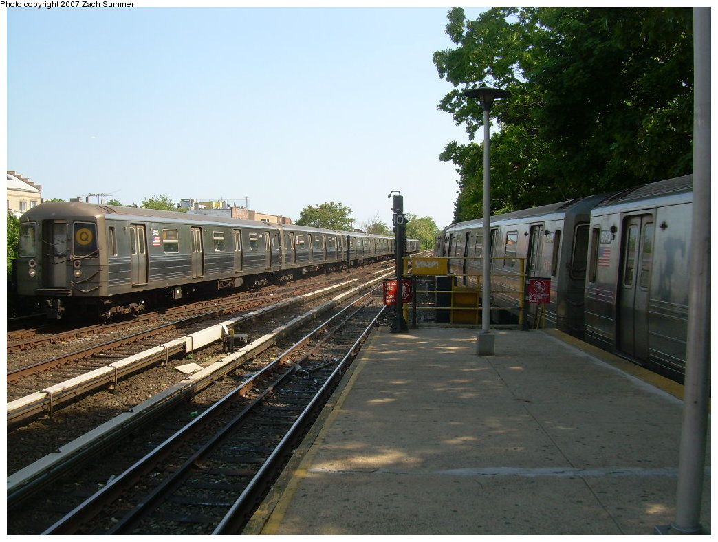 (214k, 1044x788)<br><b>Country:</b> United States<br><b>City:</b> New York<br><b>System:</b> New York City Transit<br><b>Line:</b> BMT Brighton Line<br><b>Location:</b> Kings Highway <br><b>Route:</b> Q<br><b>Car:</b> R-68 (Westinghouse-Amrail, 1986-1988)  2858 <br><b>Photo by:</b> Zach Summer<br><b>Date:</b> 5/23/2007<br><b>Viewed (this week/total):</b> 0 / 1891