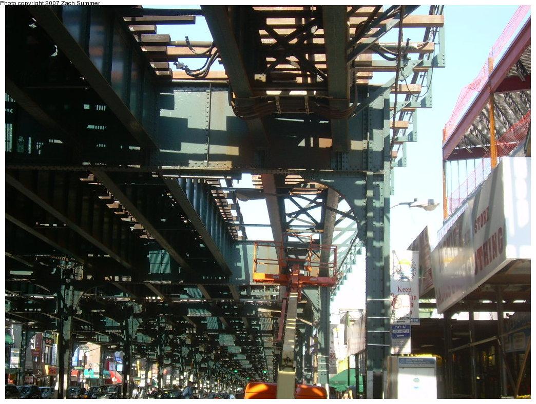 (247k, 1044x788)<br><b>Country:</b> United States<br><b>City:</b> New York<br><b>System:</b> New York City Transit<br><b>Line:</b> BMT Brighton Line<br><b>Location:</b> Ocean Parkway <br><b>Photo by:</b> Zach Summer<br><b>Date:</b> 5/24/2007<br><b>Notes:</b> New trackwork at Ocean Parkway.<br><b>Viewed (this week/total):</b> 0 / 1963