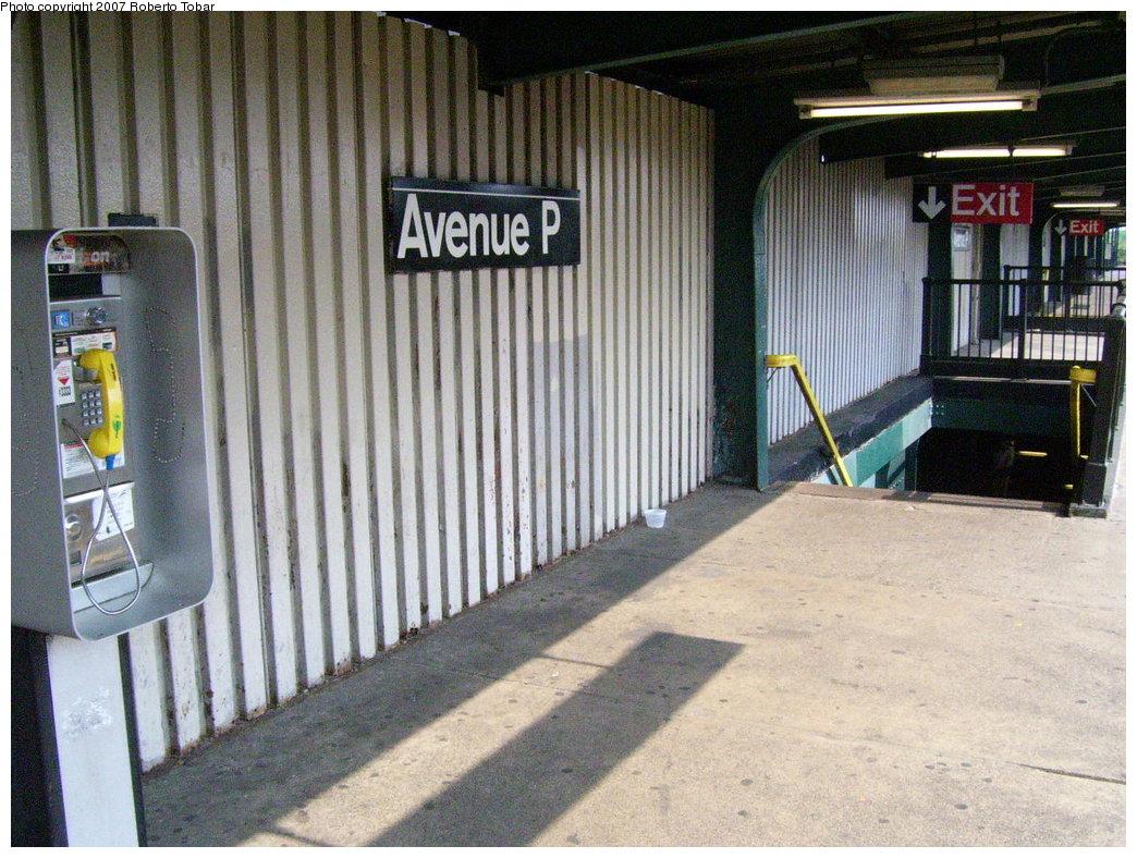 (227k, 1044x788)<br><b>Country:</b> United States<br><b>City:</b> New York<br><b>System:</b> New York City Transit<br><b>Line:</b> BMT Culver Line<br><b>Location:</b> Avenue P <br><b>Photo by:</b> Roberto C. Tobar<br><b>Date:</b> 5/26/2007<br><b>Notes:</b> Platform view.<br><b>Viewed (this week/total):</b> 1 / 1041