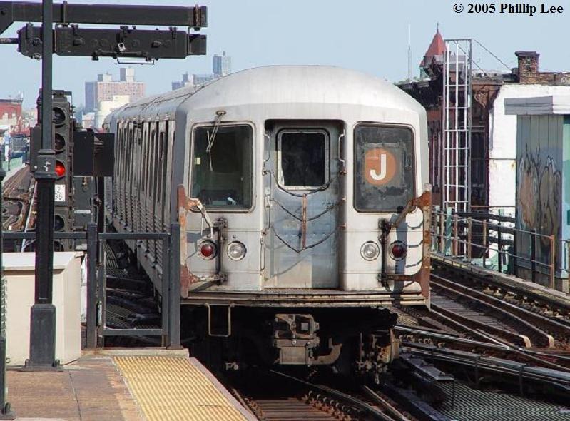 (103k, 799x590)<br><b>Country:</b> United States<br><b>City:</b> New York<br><b>System:</b> New York City Transit<br><b>Line:</b> BMT Nassau Street/Jamaica Line<br><b>Location:</b> Myrtle Avenue <br><b>Route:</b> J<br><b>Car:</b> R-42 (St. Louis, 1969-1970)   <br><b>Photo by:</b> Phillip Lee<br><b>Date:</b> 8/2/2005<br><b>Viewed (this week/total):</b> 1 / 1862