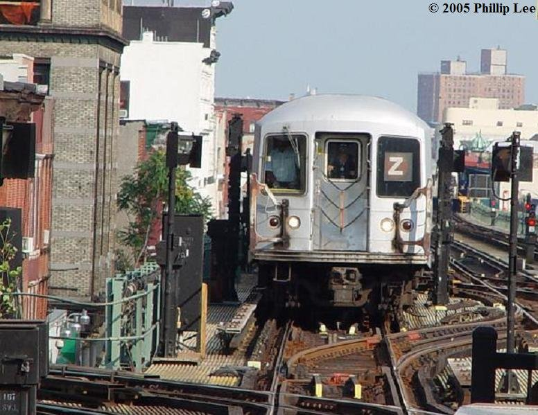 (103k, 776x599)<br><b>Country:</b> United States<br><b>City:</b> New York<br><b>System:</b> New York City Transit<br><b>Line:</b> BMT Nassau Street/Jamaica Line<br><b>Location:</b> Myrtle Avenue <br><b>Route:</b> Z<br><b>Car:</b> R-42 (St. Louis, 1969-1970)   <br><b>Photo by:</b> Phillip Lee<br><b>Date:</b> 8/2/2005<br><b>Viewed (this week/total):</b> 0 / 2381