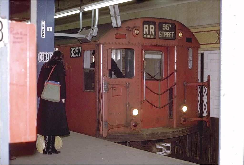 (199k, 1024x692)<br><b>Country:</b> United States<br><b>City:</b> New York<br><b>System:</b> New York City Transit<br><b>Location:</b> DeKalb Avenue<br><b>Route:</b> RR<br><b>Car:</b> R-30 (St. Louis, 1961) 8257 <br><b>Photo by:</b> Joe Testagrose<br><b>Date:</b> 2/10/1971<br><b>Viewed (this week/total):</b> 3 / 2733