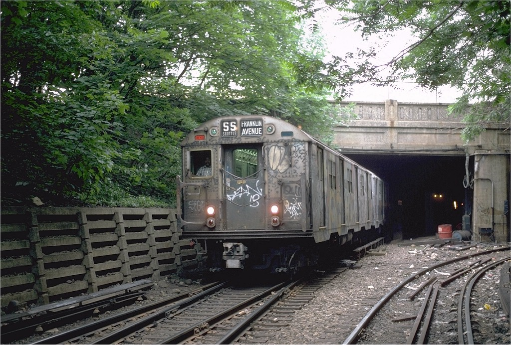 (286k, 1024x692)<br><b>Country:</b> United States<br><b>City:</b> New York<br><b>System:</b> New York City Transit<br><b>Line:</b> BMT Franklin<br><b>Location:</b> Empire Blvd. (Malbone St.) Tunnel Portal <br><b>Route:</b> Franklin Shuttle<br><b>Car:</b> R-30 (St. Louis, 1961) 8351 <br><b>Photo by:</b> Steve Zabel<br><b>Collection of:</b> Joe Testagrose<br><b>Date:</b> 6/1982<br><b>Viewed (this week/total):</b> 1 / 3683
